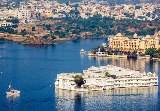 Golden-triangle-with-Udaipur