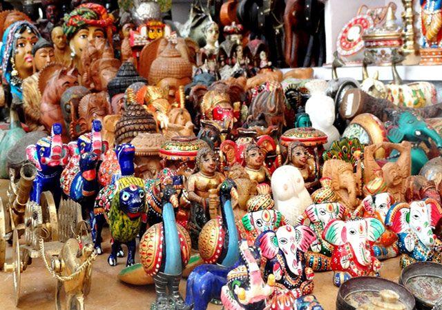 Shopping-in-jaisalmer