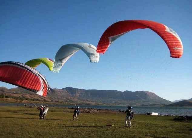Pavana Paragliding