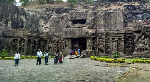 A Travel Guide to Ajanta and Ellora Caves