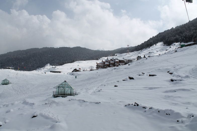 Top 5 Places to Visit for Snowfall near Delhi