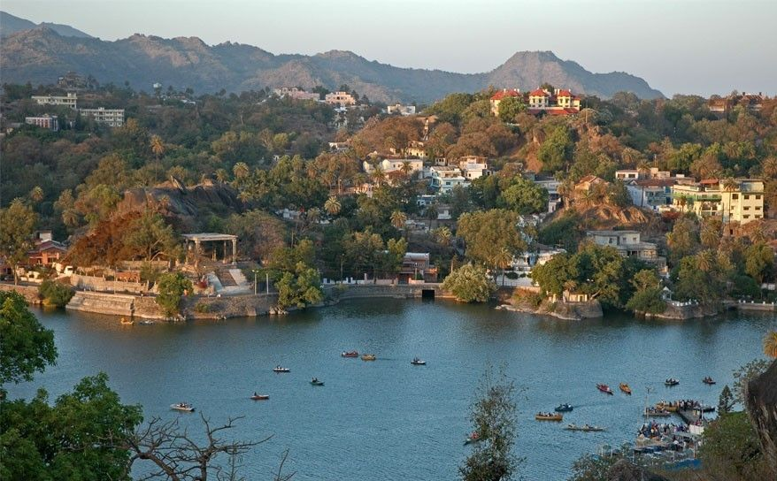 Top 5 Destinations in Rajasthan- For a Sneak Peek into Royal India