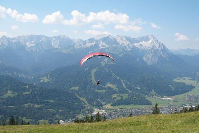 Paragliding in Indrunag