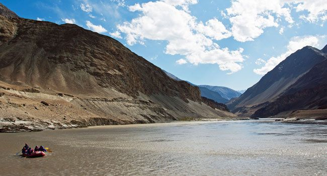 Indus River rafting in ladakh