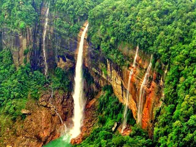 Nohkalikai Fall, Cherrapunji, India