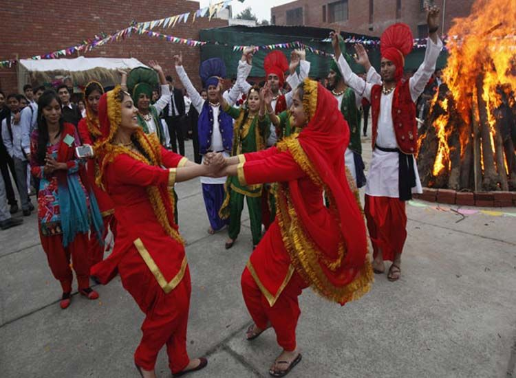 Come, Celebrate the Joy of Popular Festivals in India in Winter