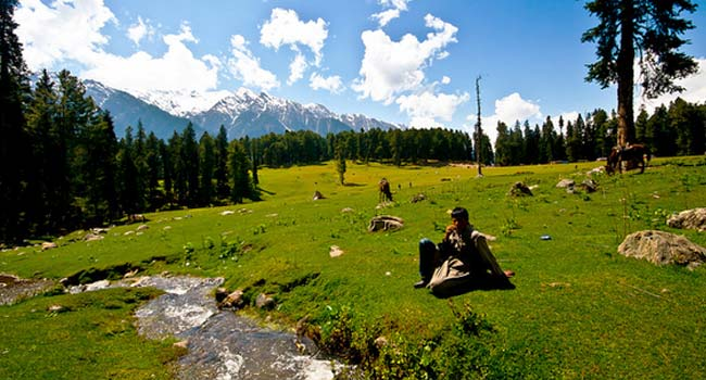 Unaffected places in Kashmir