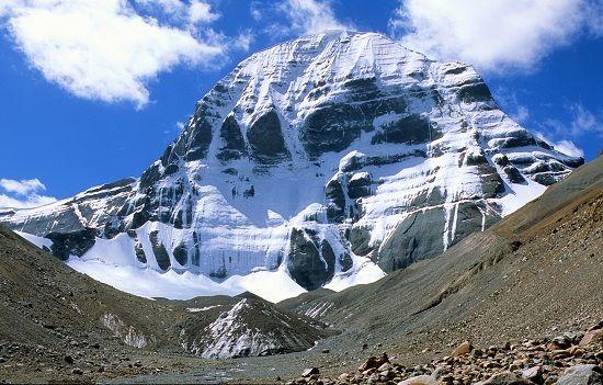 Mount Kailash seems like depicting the signs of Nagaraja Vasuki