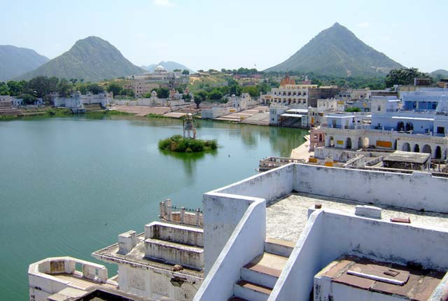 """Pushkar Lake in rajasthan"