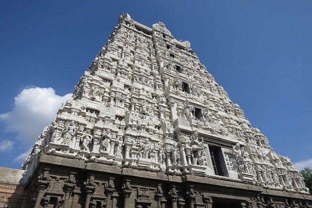 Annamalaiyar Temple in Tamil Nadu