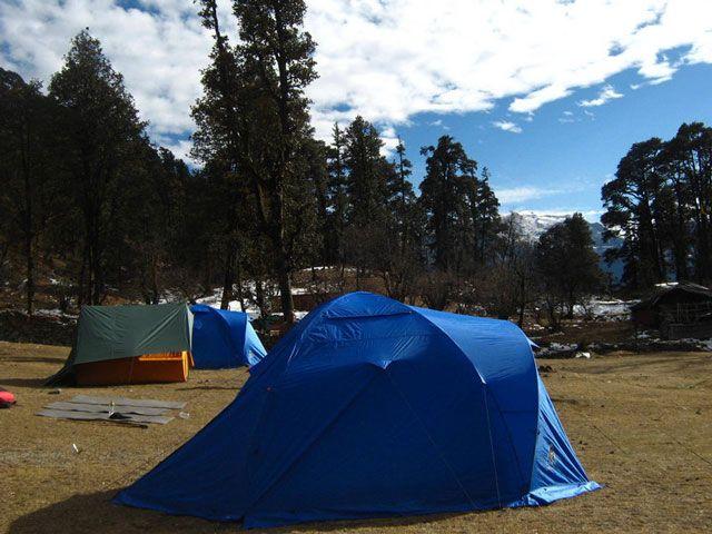 Camping in Dodital