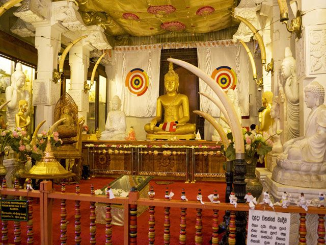 Templeof Sacred Tooth Relic