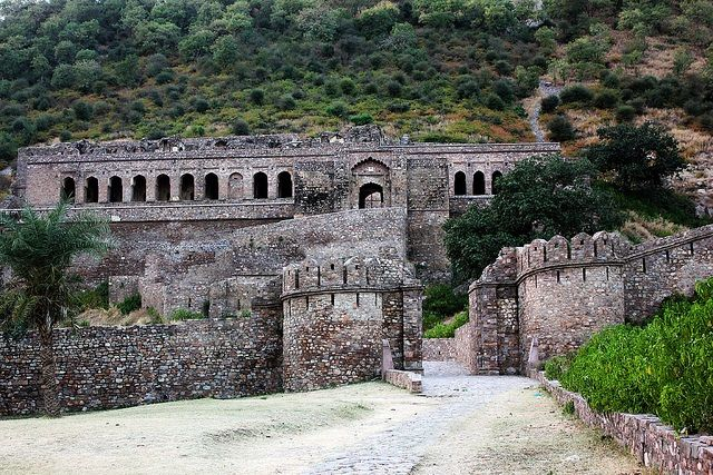 Bhangarh Fort - World top most Haunted Place and now a ruined fort...