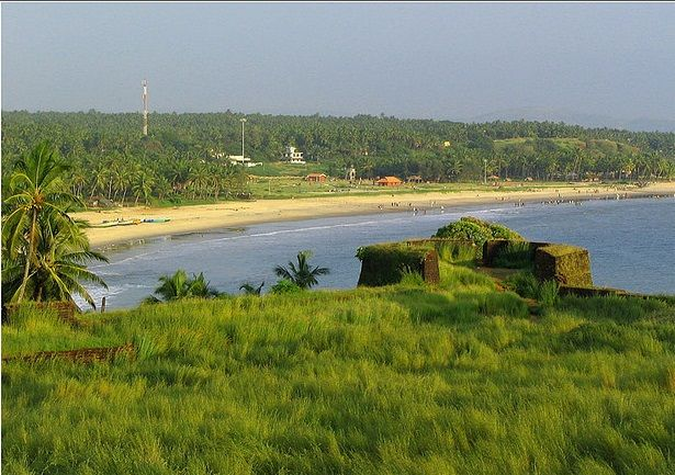 Bekal Fort and Beach Image Source