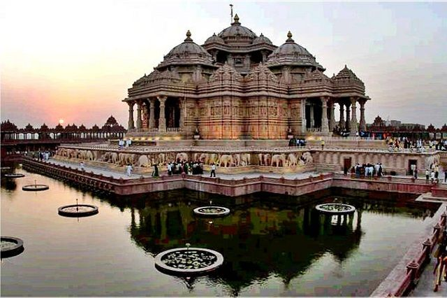 21 Stunning Architectural Marvels in India