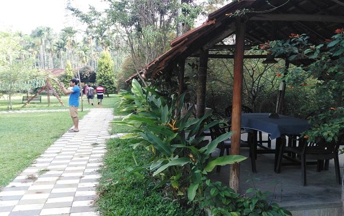 Kolagappara- resort-Kerala