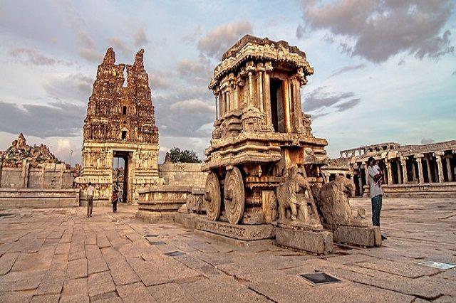 Vittala Temple Complex, Hampi
