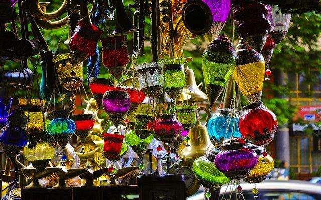 Colaba Causeway : Street Markets India