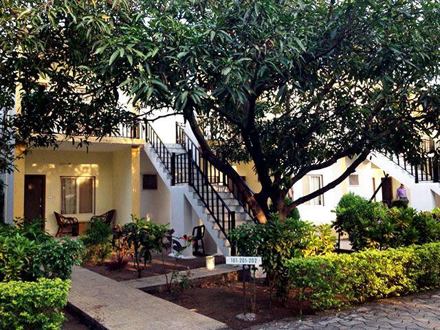 Hotel-Gir-Jungle-Lodge-Sasan-Gir