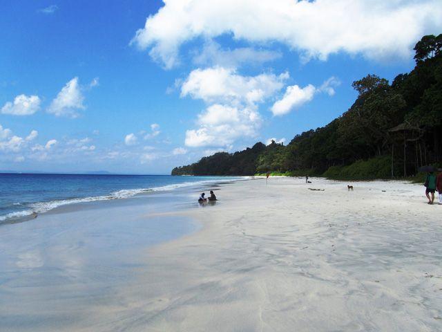 Radhanagar-Beach2