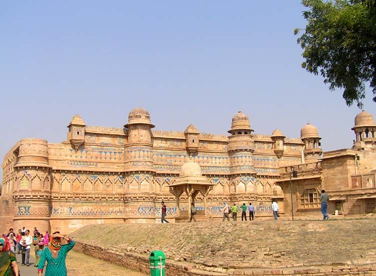 14 Most popular Forts and Palaces in Madhya Pradesh |