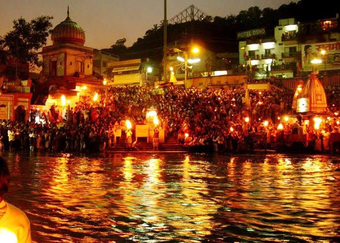 Evening-Aarti-in-Haridwar