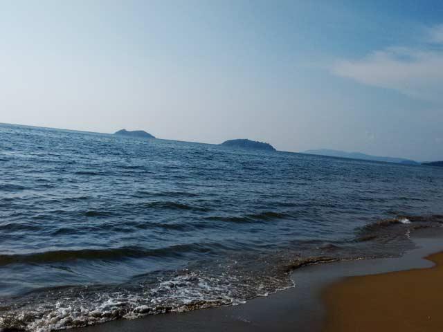 Karwar Beach: offbeat places to visit in karnataka