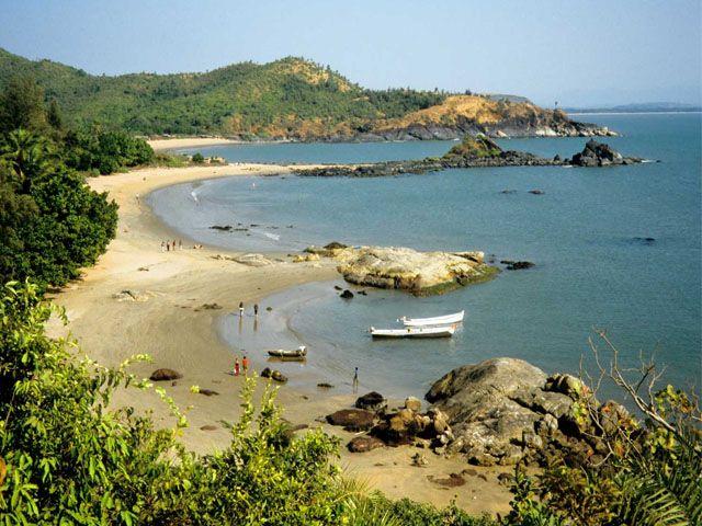 om-beach-gokarna-karnataka