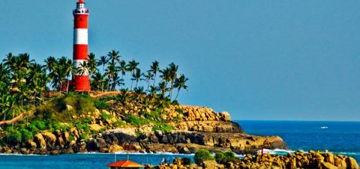lighthouse-beach-kovalam-kerala