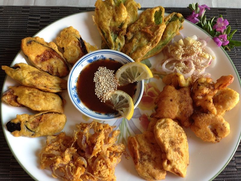 where to eat vegan dishes in india