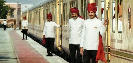 Luxury Train Travel in India: Royal Rail Journeys Offering Maharaja Life!