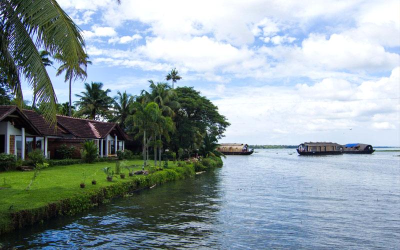 Punnamada Lake