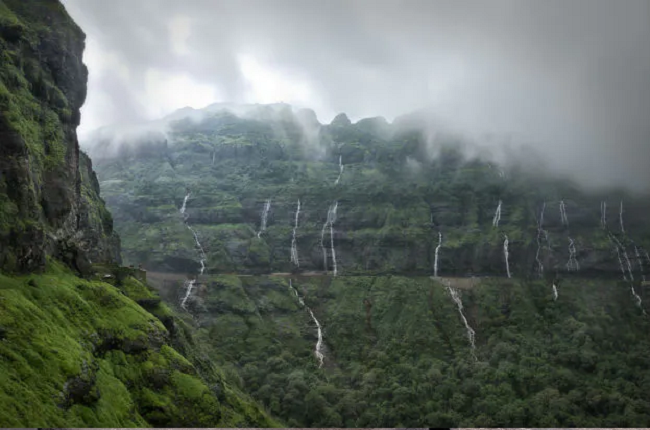 Malshej Ghats: Places to visi near Mumbai in August