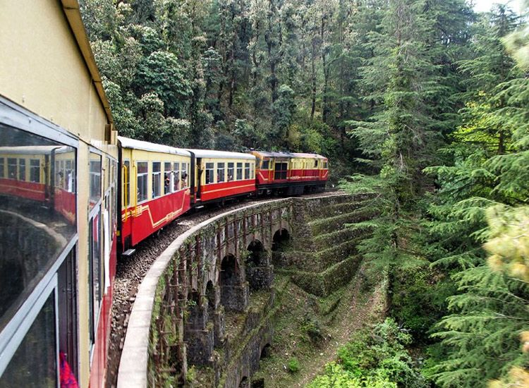 8 Beautiful Train Journeys in India for Lifetime Experiences