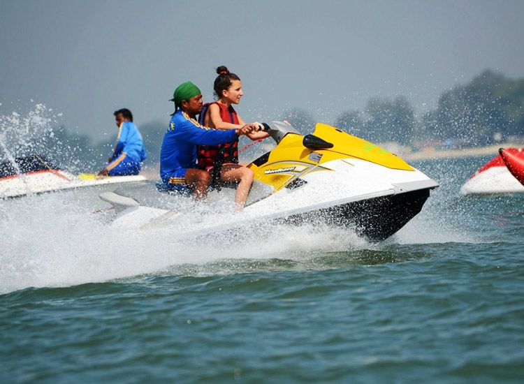 Best Watersports in Goa offering memories of a lifetime