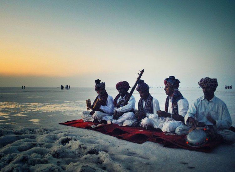 Witness the colors of Gujarat at Kutch Rann Utsav 2020-2021