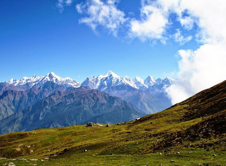 Munsyari - one of the best places in the Himalayas for summer vacations in India