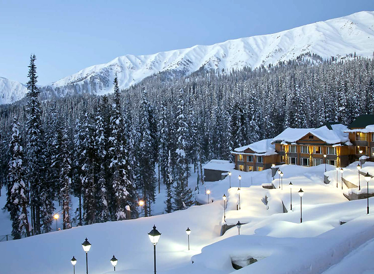 Gulmarg - one of the best places in the Himalayas for summer vacations in India