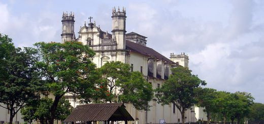 Soak-in the Divine Aura Prevailing at the Popular Churches of Goa