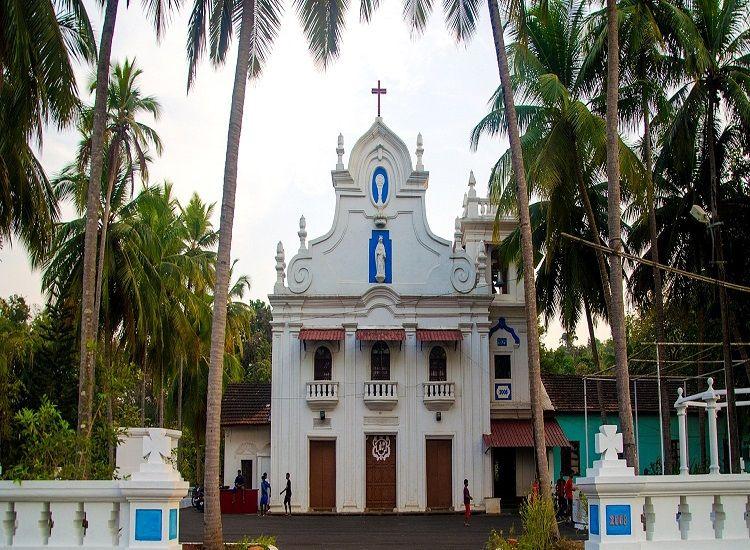 Soak-in the Divine Aura Prevailing at the Popular Churches of Goa