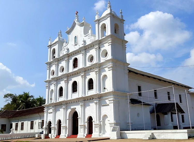 17 Most Popular Churches of Goa You Should Visit