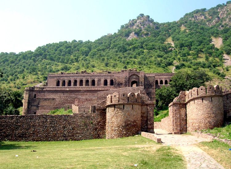 Bhangarh - India's Most Haunted Places