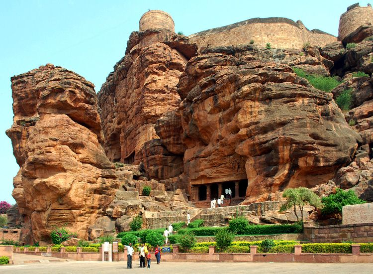 11 Most Famous Caves in India that are a must visit