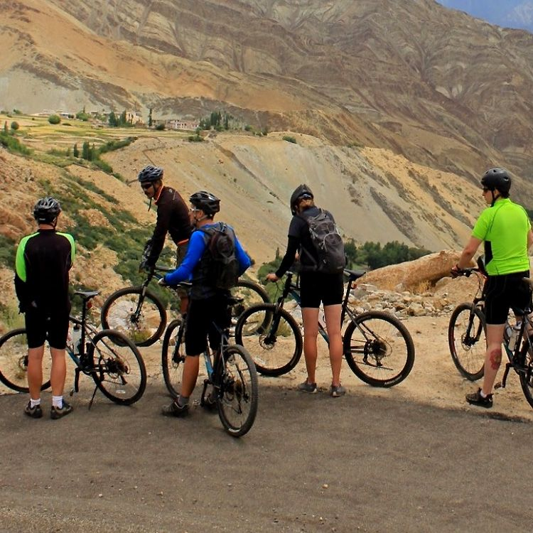 Cycling-to-Spiti