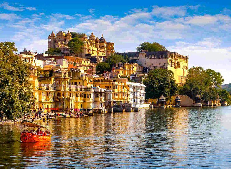 Top 15 Honeymoon Destinations in India in Winter 2020