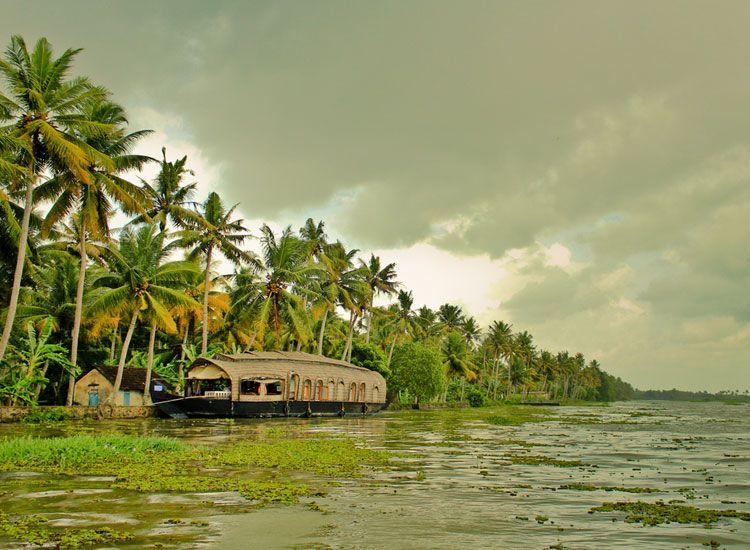 Monsoon tourism in Kerala