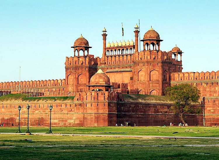Ministry of Tourism organizes a tour to promote new museums at Red Fort