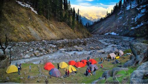 Beas Kund Trek Himachal Pradesh