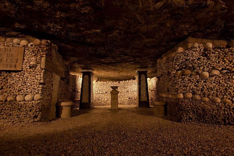 Carefully arranged bones in the paris Catacombs.