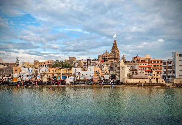Famous Places to Visit in Dwarka for a Spiritual Experience